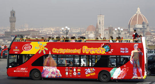 Florence_hop-on-hop-off-bus