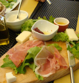 Florence_lunch-rufrillo2.jpg